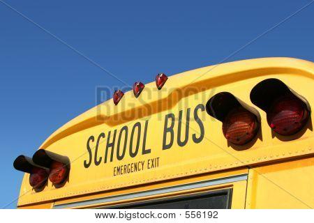 Detalle de autobús escolar