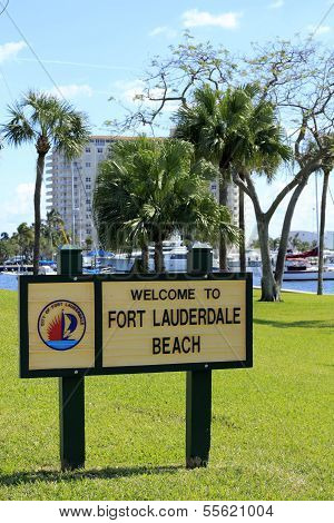 Welcome To Fort Lauderdale Beach Sign