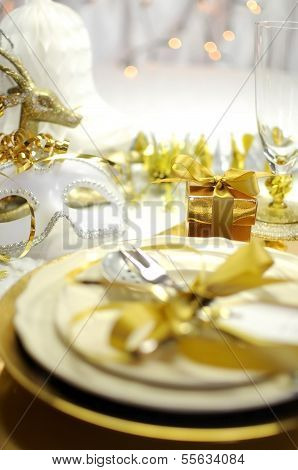 White And Gold Happy New Year Elegant Fine Dining Table Place Setting In Gold Theme Christmas And Ne