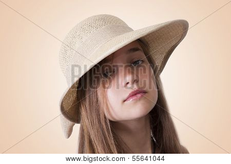 girl with hat posing