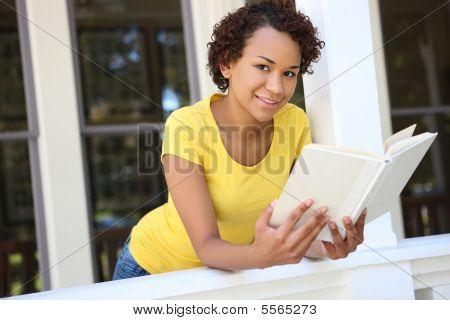 Pretty Woman Reading Book