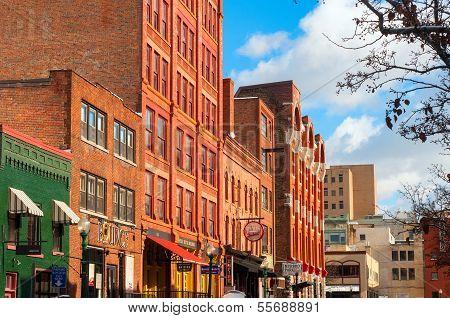 Trendy Syracuse Street