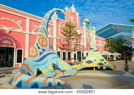 Arts Dinosaur Statues