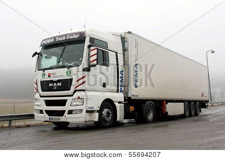 Man Tgx 18.480 Truck And Trailer