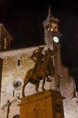 picture of conquistadors  - Equestrian statue of Francisco Pizarro in Trujillo at night - JPG
