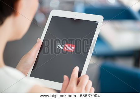 Youtube Application On Apple Ipad Air