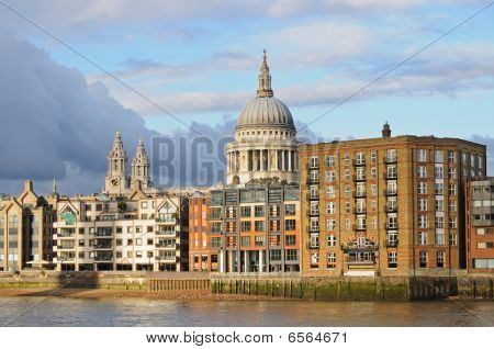 London Skyline. St Pauls Cathedral