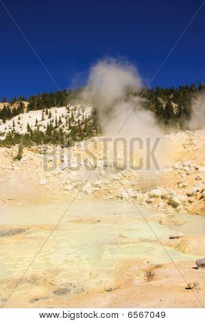 Mount Lassen Sulpher Springs And Mud Baths