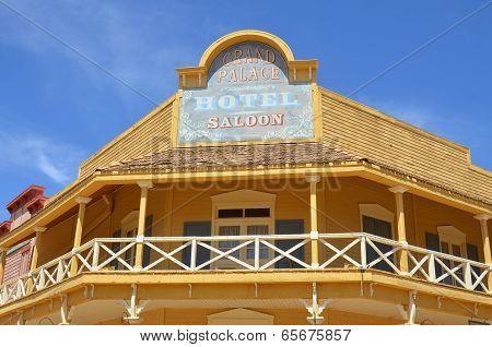 vintage saloon