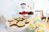 picture of cake stand  - Berries - JPG