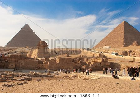 Sphinx And Great Pyramid