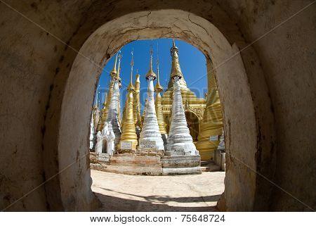 Shwe Inn Taing Paya,Indein ( Nyangshwe ), Inle Lake, Myanmar.