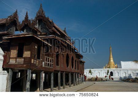 Yan Shwe-kgua Is The Famouse Wooden Temple On Inle Lake In Myanmar .
