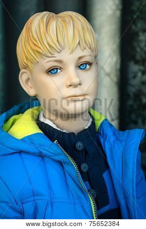 Mannequin - Blond boy with anorak