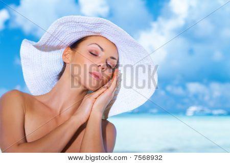 Mujer en Maldivas