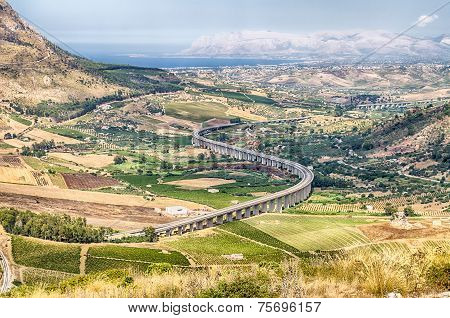 S-curve Highway Overpass, Sicily