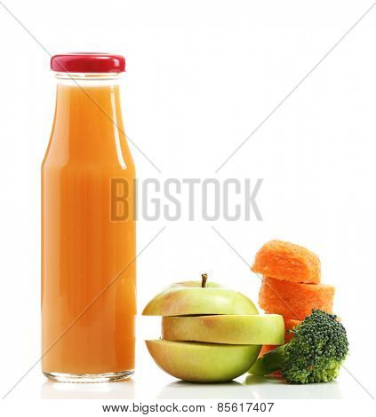 Glass bottle of fresh healthy juice with sliced carrot, apple and broccoli isolated on white