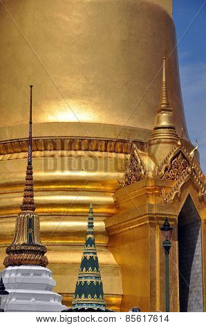 Phra Si Rattana Chedi. The Grand Palace Bangkok
