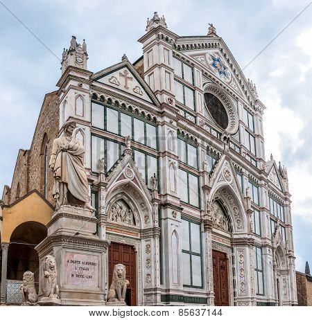 Basilica Di Santa Croce With Dante Statue In Florence, Italy