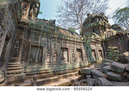 khmer stone building