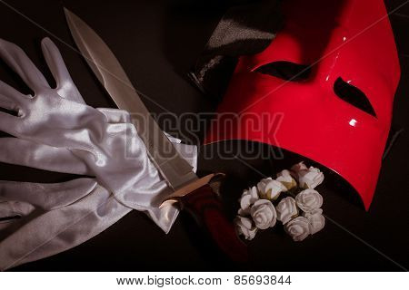 Mask & Dagger