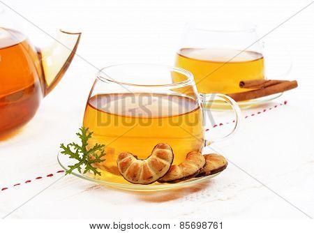 Glass tea
