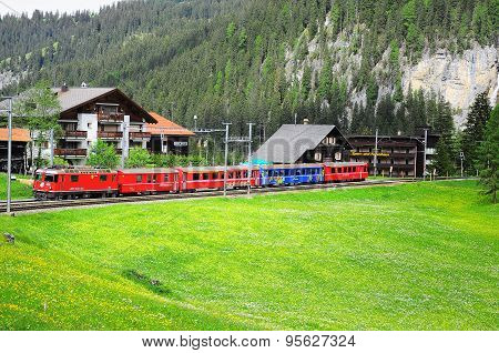 Train from Arosa moves to Chur.