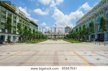 Ho Chi Minh City, Vietnam - May 27, 2015 : Nguyen Hue Pedestrian Street With Rex Hotel And Center Ha