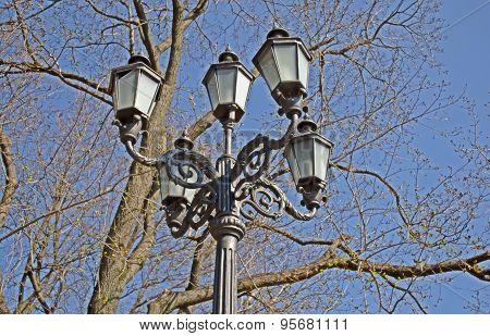 Classic Metal city lights