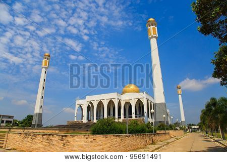 Mosque in southern of Thailand, Central mosque for prayed and most of muslim like to prayed god