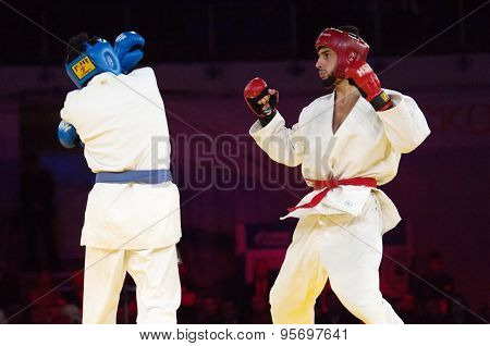 Gamidullaev R. (r) And Razavi R. (b) Fight