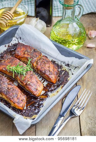 Salmon Fillet With Balsamic-honey Sauce In Baking Dish, Baked