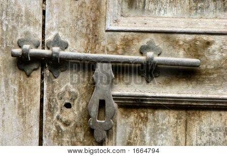 Geboute deur