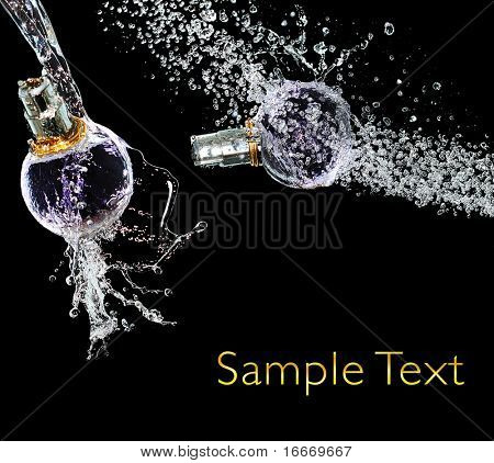 Set perfume bottle on water splash