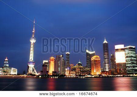 Dongfang Mingzhu, Shanghai