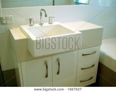 Square Washbasin