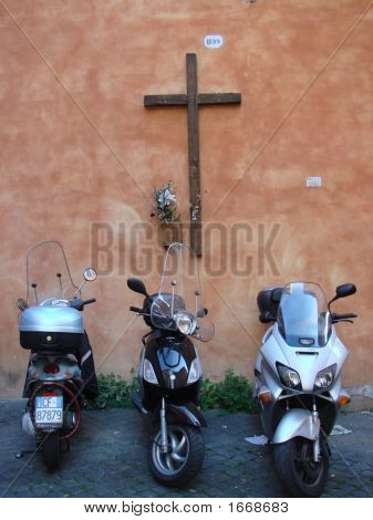 Rome  3 Scooters In Front Of Cross