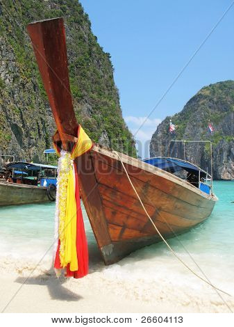 Traditional Thai boat at Maya beach of Phi-Phi island