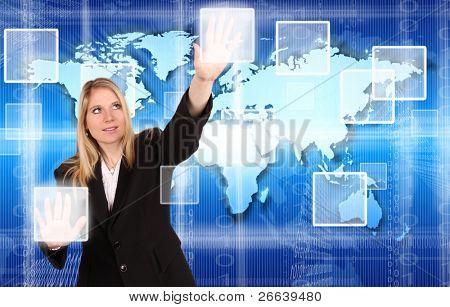 Esquema de la realidad vIrtual con hermosa mujer tocando los botones