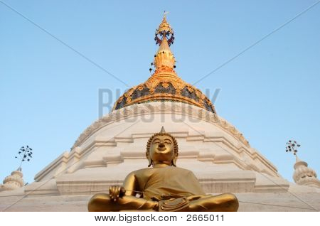 Wat With Bronze Buddha