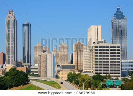 Vista de rascacielos en el centro de Atlanta, Georgia, USA.