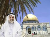 foto of aqsa  - Senior arabic man outdoor in front of famous mosque Masjid al - JPG
