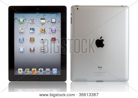 Apple Ipad con trazados de recorte