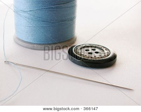 Thread Needle Button
