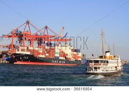 YANG MINGs cargo ship
