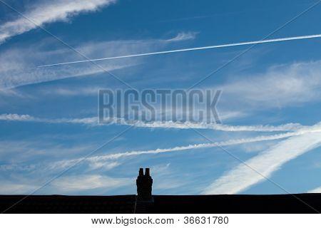Heathrow Vapour Trails