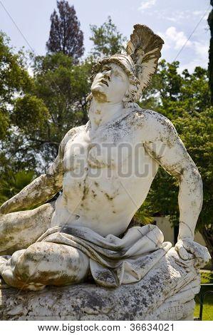 Estátua de Aquiles, Achilleio Palace, Corfu