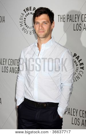 LOS ANGELES - SEP 5:  Justin Bartha arrives at
