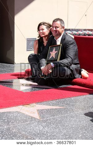 LOS ANGELES - SEP 6:  Amy Grant, Vince Gill at the Hollywood Walk of Fame Ceremony for Vince Gill at Hard Rock Cafe Hollywood on September 6, 2012 in Los Angeles, CA