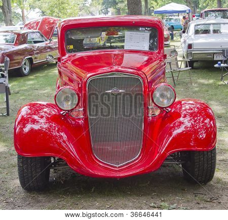 1935 Chevy Std Front View